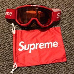Supreme x Smith ski goggles